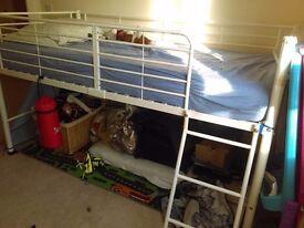 New Kids bunk bed