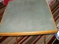 CARD TABLE WITH GREEN BAIZE TOP USED GOOD CONDITION )