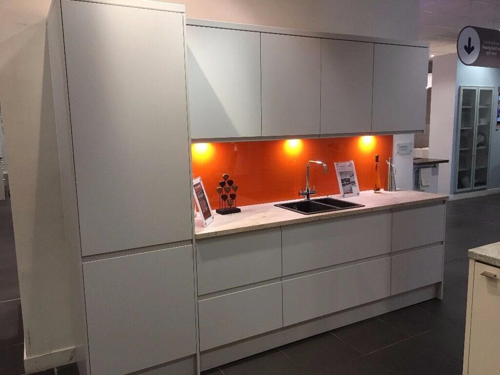 Magnet Kitchens Ex Display Luna Matt Grey In Tunbridge