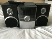 MC147-Philips-Micro-Hi-Fi-System-with-Remote-Control