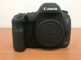 Canon EOS 5D Mark III 22.3MP Digital SLR Camera + Batterygrip (Body Only)