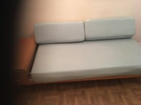 Nice and comfortable sofa bed (Bargain)
