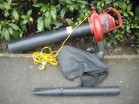GARDEN VAC/ LEAF BLOWER 1800w - GOOD CONDITION