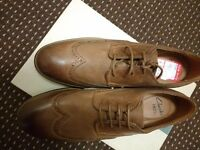 Men shoes size 8 Clarks NEW