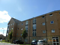 Presenting an opportunity to rent this flat in Kinning Park,comprising of lounge,kitchen,2 bedrooms