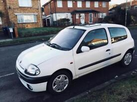 RENAULT CLIO AUTOMATIC 3 DOOR LOW MILAGE / HPI CLEAR not golf polo corsa or astra Peugeot vw