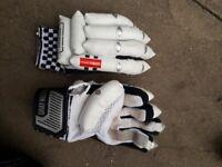 Gray nicolls youth cricket gloves usuall marks