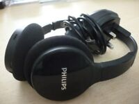 quality philips bluetooth wireless headphones with charge , in excellent condition,amazing sound...