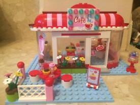Lego friends cafe