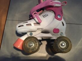 Adjustable kids roller skates uk 8-11 flashing wheels