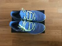 Adidas Adizero Defiant Bounce Tennis Shoes, size 10 UK, with box