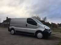 VAUXHALL VIVARO 1.9 DTI 2005 IN SILVER 6 SPEED GOOD RUNNER AND CLEAN VAN FULL SERVICE HISTORY