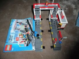 Lego Train Station 7937 Mint Condition Box and Instructions
