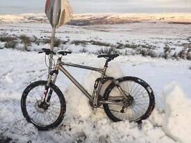 Boardman team fs FULL suspension downhill bike