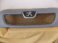 2014 PEUGEOT BOXER FRONT PANEL/GRILL Primed