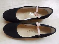 Low Heel Black Character Shoes Size 6