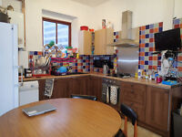Student property - great location 5 bedrooms - ALL ENSUITE