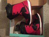 Nike Vapen Men's Snowboard boots Size 7