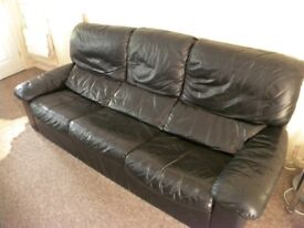 SOFA/SETTEE/COUCH BLACK REAL LEATHER 3 SEAT
