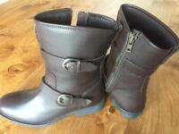 Onfire Brown Leather Boots, ladies, size 5, never worn
