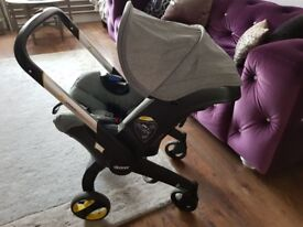 Doona Transforming Car Seat and Pram - Including ISOFIX base RRP £400