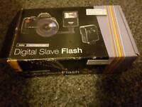 Boxed external flash for DSLR camera