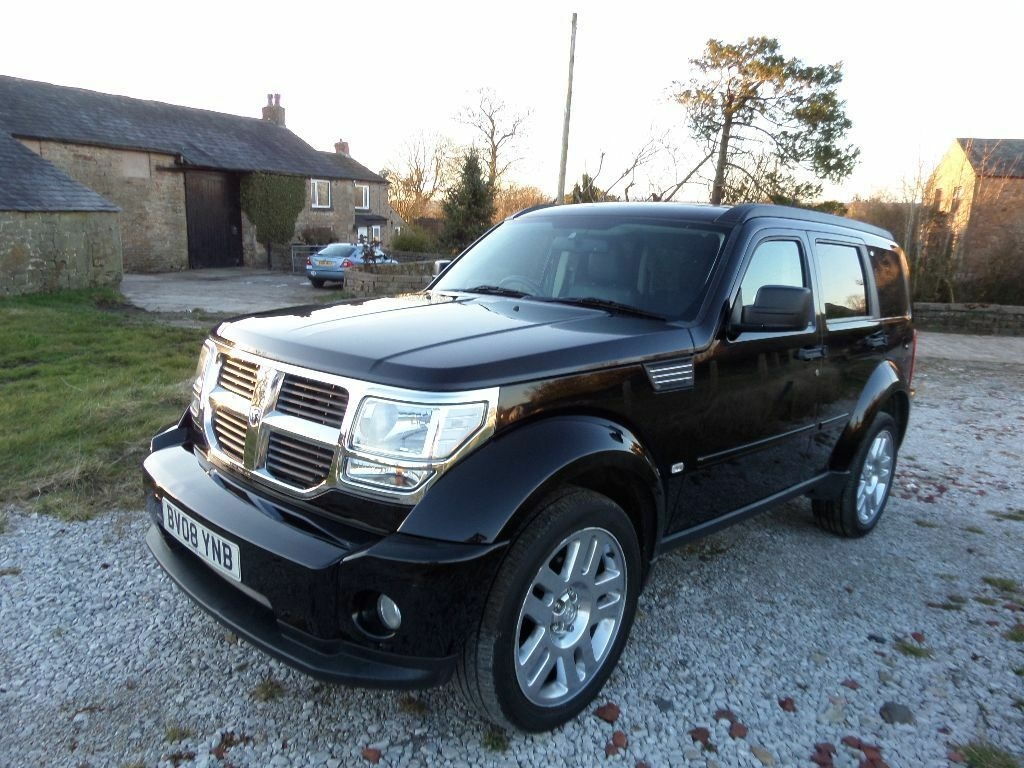 dodge nitro 2 8 crd sxt spec black diesel manual full leather fully loaded jeep not land rover. Black Bedroom Furniture Sets. Home Design Ideas