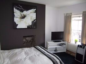 FANTASTIC LARGE ROOM IN A DESIGNER HOUSE IN SHOREDITCH/LIVERPOOL ST. AREA