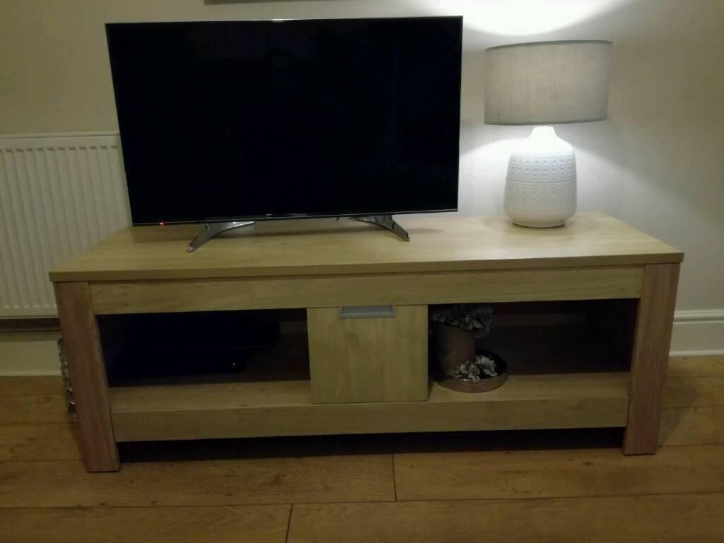 TV unit chunky oak effect