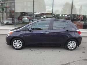 2014 Toyota Yaris Hatchback LE air, vitres, cruise