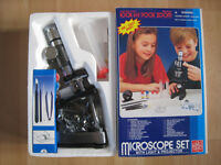 Microscope Set with Light and Projector in Excellent Condition