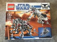 Lego Star Wars 10195 ucs very rare (over £1000 on Amazon) sealed
