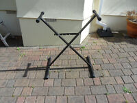 Folding keyboard stand adjustable height