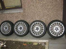 "Set of 4 Volvo 17"" Alloy wheels with winter tyres. suitable S or V50, 60, 70 or 80"