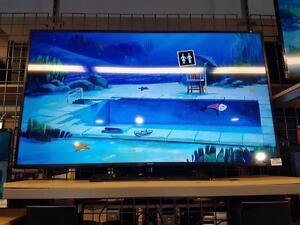 Magnifique télévision 55 pouce Smart TV, 4K  de marque Samsung, model un55ju6400, remis a neuf pour seulement 949.99$!!