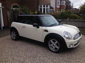 Mini Cooper 1.6, 57 Plate, Low Milage, MOT & Service, Excellent Condition.