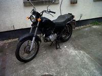 Yamaha SR 125 . . 1991 . . 34,870 mls . . 6 months MOT . . £350