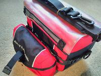 ALTURA red & black handlebar box bag