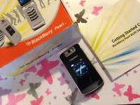 Blackberry Pearl 8220 Smartphone Brand New In Box With All Accessories
