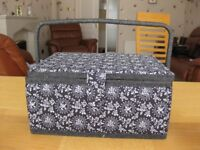 Flower decorated black and white make up case