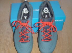 Shimano mens cycling shoes, brand new