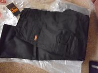 MENS BLACK GRAFT GEAR MULTI POCKET WORKING TROUSERS (NEW WITH TAGS)