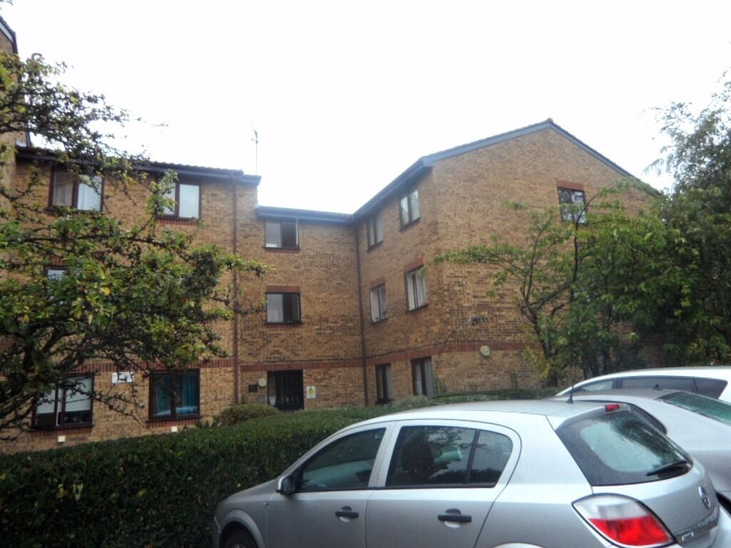 Spacious One Bedroom To Rent In Leytonstone E11 - Available NOW