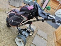 Electric S1 golf trolley including 2xbatteries + charger 1xBag 1xS1 GPS GARMIN watch. Good condition