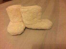 Baby booties 3-6mths
