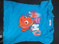 Disney store finding Nemo t-shirt 3-4 years