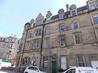 4 bedroom furnished HMO licensed 2nd floor flat to rent on Merchiston Place, Bruntsfield, Edinburgh
