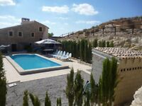 Spain - house for sale - fully rennovated 4 bedroom with pool, Yecla near Alicante