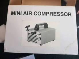 Mistair mini air compressor hardly used