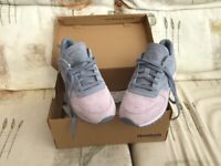 Ladies Reebok Trainers Size UK 4.5